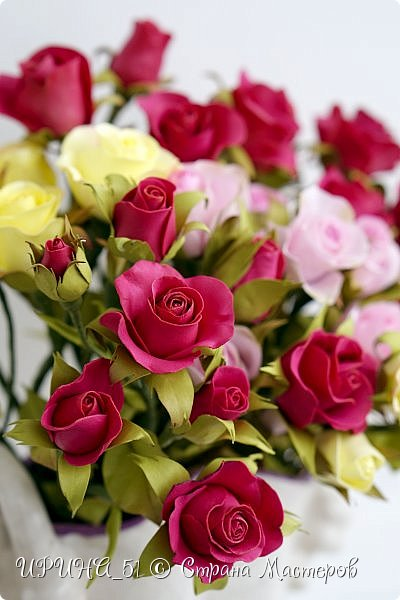 Доброго Всем времени суток!  Кустовые розочки из зефирного фома.  Размер цветочков от 1,5 до 3см в диаметре. Приглашаю к просмотру.  фото 1