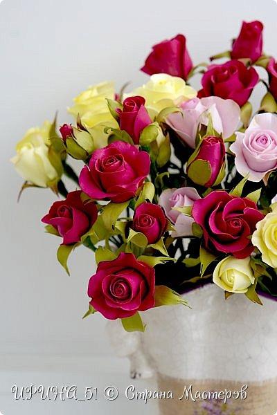 Доброго Всем времени суток!  Кустовые розочки из зефирного фома.  Размер цветочков от 1,5 до 3см в диаметре. Приглашаю к просмотру.  фото 3