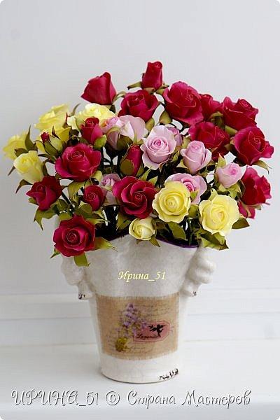 Доброго Всем времени суток!  Кустовые розочки из зефирного фома.  Размер цветочков от 1,5 до 3см в диаметре. Приглашаю к просмотру.  фото 2