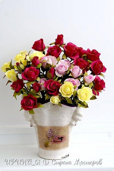 Доброго Всем времени суток!  Кустовые розочки из зефирного фома.  Размер цветочков от 1,5 до 3см в диаметре. Приглашаю к просмотру.  фото 4