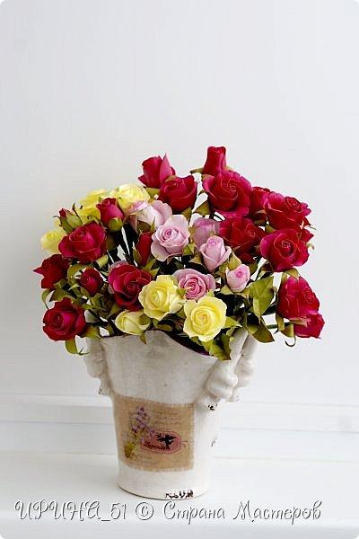 Доброго Всем времени суток!  Кустовые розочки из зефирного фома.  Размер цветочков от 1,5 до 3см в диаметре. Приглашаю к просмотру.  фото 6