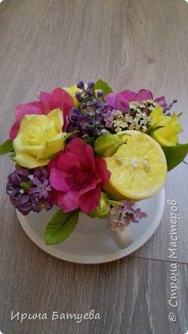Вот и лимончик пригодился, включила его в эту цветочную композицию. фото 4