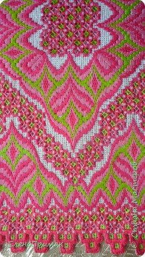 Вот я и закончила вышивать салфетку моим любимым сочетанием двух вышивок -хардангер и борджелло Размер салфетки 30 см на 30 см.Цвет немного ярче чем на фото фото 2