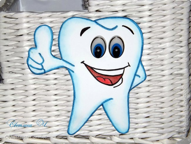 Здравствуйте! Заказали мне подарок к дню стоматолога, получился вот такой органайзер) фото 2