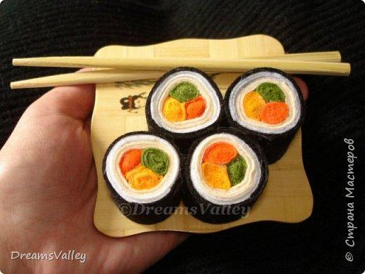 Сделано на подарок девушке, которая очень любит суши. Приятного аппетита! ;) фото 1