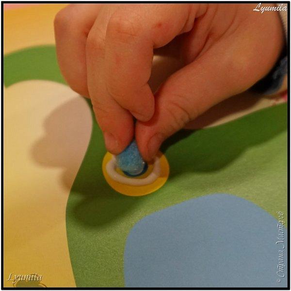 Добрый день! В последнее время не очень много времени для творчества с детишками. На помощь занятым мамам приходят готовые наборы для творчества коих очень много в продаже. Да, они стоят денег, но зато всё готово и собрано вместе, что безусловно, удобно! фото 6
