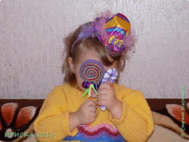 Привет всем гостям моей странички!!! Я к Вам с весенним приветом из солнечной Одессы!!! Хочу показать вам вязанные вещи моей дочурки золотыми ручками её любящих бабушек!!! фото 9