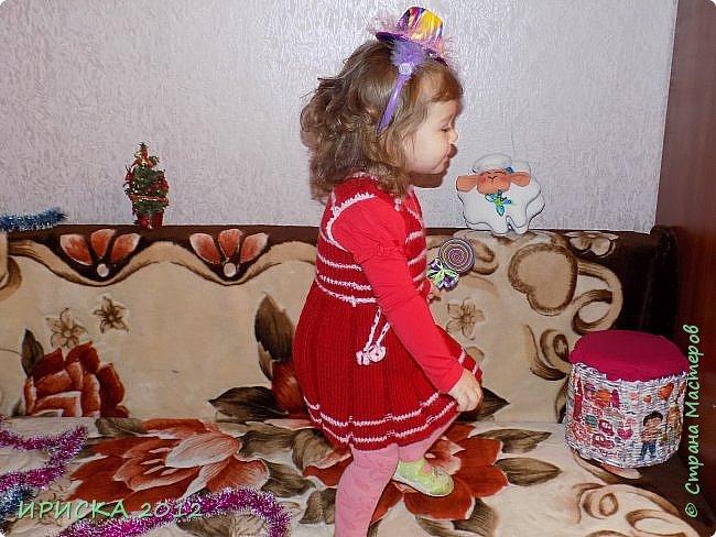 Привет всем гостям моей странички!!! Я к Вам с весенним приветом из солнечной Одессы!!! Хочу показать вам вязанные вещи моей дочурки золотыми ручками её любящих бабушек!!! фото 12
