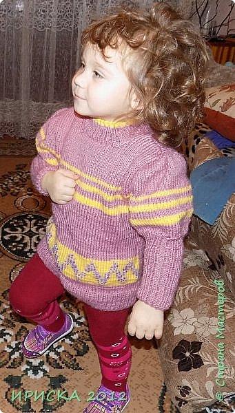 Привет всем гостям моей странички!!! Я к Вам с весенним приветом из солнечной Одессы!!! Хочу показать вам вязанные вещи моей дочурки золотыми ручками её любящих бабушек!!! фото 16