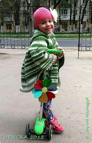 Привет всем гостям моей странички!!! Я к Вам с весенним приветом из солнечной Одессы!!! Хочу показать вам вязанные вещи моей дочурки золотыми ручками её любящих бабушек!!! фото 2