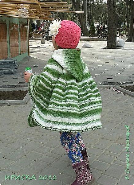 Привет всем гостям моей странички!!! Я к Вам с весенним приветом из солнечной Одессы!!! Хочу показать вам вязанные вещи моей дочурки золотыми ручками её любящих бабушек!!! фото 6