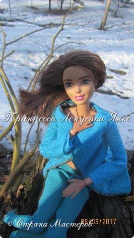 Всем привет, я снова с вами. Сегодня я покажу вам Лерину прогулку в парке в новом пальто.  фото 1