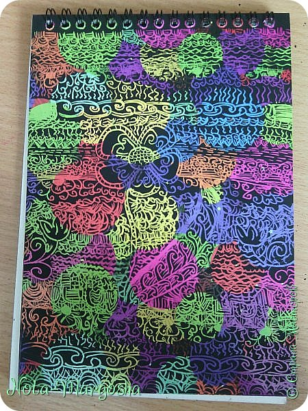 Цветочная дудлинг-гравюра