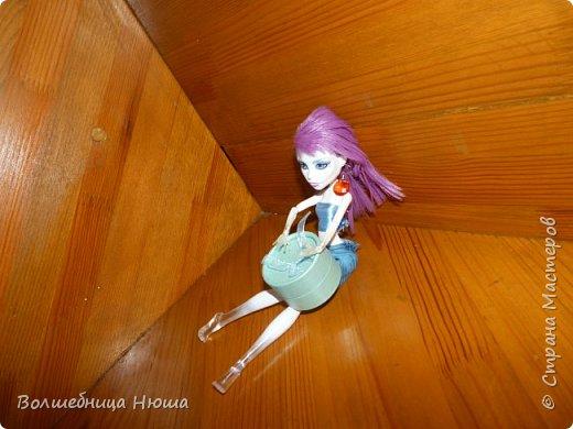 Доброе утро, дорогая Страна! Сегодня я хочу представить вам два образа, что по моему мнению очень схожи с морским бризом. Первая модель - Леся (в прошлом - Эмилия). На ней - голубое платье с разнообразными узорами. фото 8