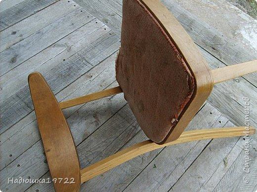 Добрый день, моя Любимая Страна Мастеров!  Я к вам теперь со стульями. Привезла их прошлой осенью с дачи. Ну жалко мне такое добро выкидывать. фото 3