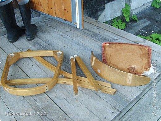 Добрый день, моя Любимая Страна Мастеров!  Я к вам теперь со стульями. Привезла их прошлой осенью с дачи. Ну жалко мне такое добро выкидывать. фото 6