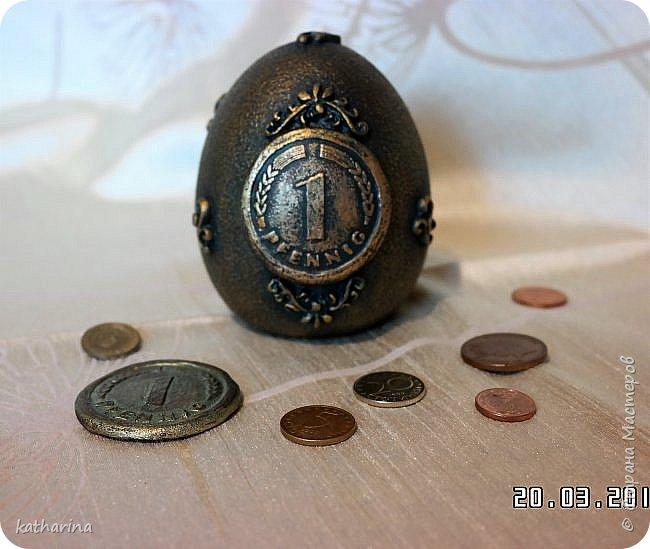 Здравствуй Страна ! Очень хотелось сделать вот такую ностальгическую  монетку . Ведь если вдуматься , то с приходом евро , столько стран потеряло свою индивидуальность , выраженную в монетах , в неповторимых рисунках на них , которые было так интересно разглядывать . фото 2
