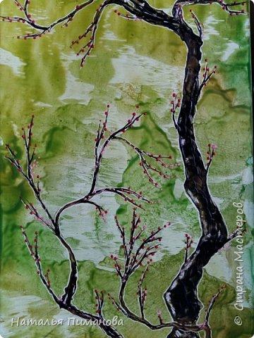 И снова, здравствуйте! Создалась у меня серия необыкновенных, или диковинных деревьев...и скорее даже необыкновенных стволов у деревьев. Очень интересно и увлекательно их рисовать. фото 4