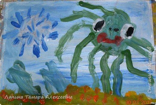 Здравствуйте всем, кто заглянул в гости.  Мои юные художники покажут вам своих обитателей моря.  фото 3
