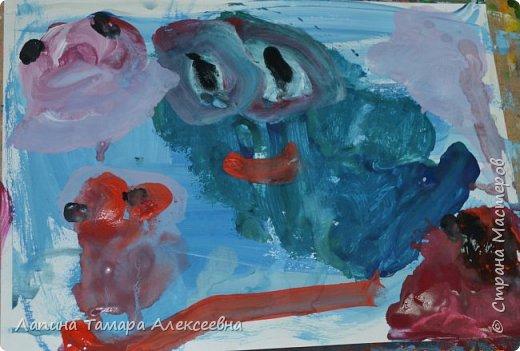 Здравствуйте всем, кто заглянул в гости.  Мои юные художники покажут вам своих обитателей моря.  фото 5