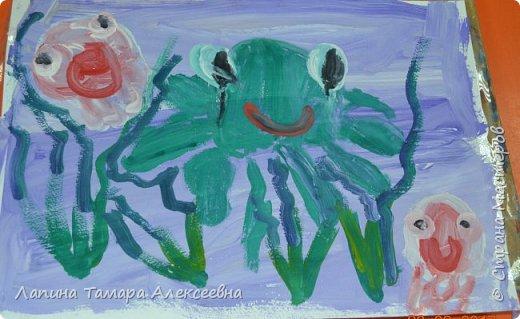 Здравствуйте всем, кто заглянул в гости.  Мои юные художники покажут вам своих обитателей моря.  фото 6