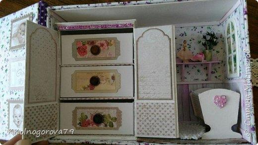 Эта коробочка для мам маленьких деток. В ней могут храниться памятные записи и вещи малышей. фото 2