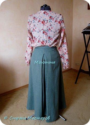 """Как обычно - нагрянула дочь на 3 дня и потребовала обновок)) Стиль Модерн, как всегда. Но я его уже, видно, подсознательно """"скрещиваю"""" с бохо, поэтому точно сказать, что это - Модерн, не возьмусь)) Блуза из хлопка, с защипами. фото 9"""