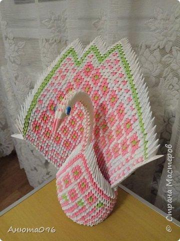 Лебедь (модульное оригами) фото 1
