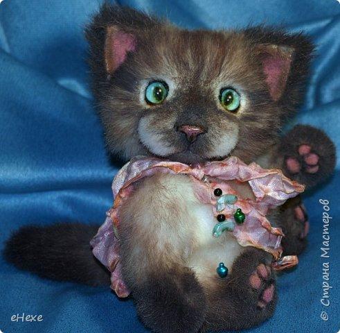 """Профессиональный мастер-теддист Светлана Гуменникова организовала замечательный совместный пошив в вк """"Мартовские котики"""". По одной и той же выкройке и урокам было сшито много котиков, кошек и котят разными мастерами, и они абсолютно не похожи друг на друга!   """"Нууу, мааам... Это не я!!! Они сами на меня напали!"""" фото 4"""