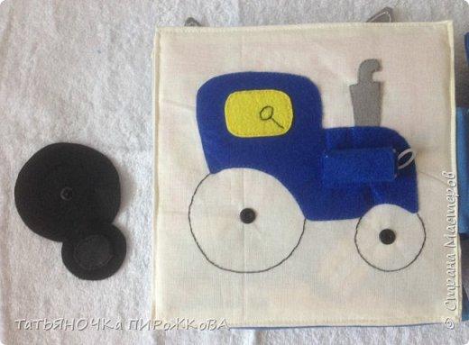 Моя первая развивающая книжка в подарок 2-х летнему племяннику. Обложка: Заяц из фетра. Лапками закрывает глаза (в лапах и глазах вшиты магнитики) фото 20