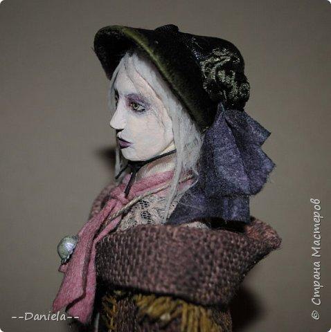 Всем привет:) Доделала вот куколку, которую начала где-то полгода назад, может даже больше. Персонаж игры Bloodborne, наверное, самый милый ее персонаж...  фото 10
