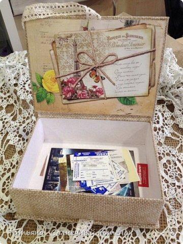 Коробочка для хранения памятных вещей... Каждый по разному празднует свой Др... вот сама себе, я сделала такой подарочек))) Ну что сказать, не молодеем... фото 2