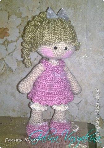 Куколка каркасная связана на заказ. Голова поворачивается, руки/ноги гнутся. Рост куколки без учета волос 29 см. Снимается только платье. фото 6