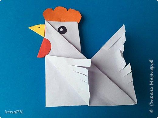 Вот таких курочек можно сделать к Пасхе с детьми. За основу взяла готовый способ складывания оригами, но добавила свое. Эту курочку смогут сделать даже дети 4-5 лет, делается очень просто.  фото 14