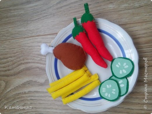 Фетровая еда для дочки фото 10