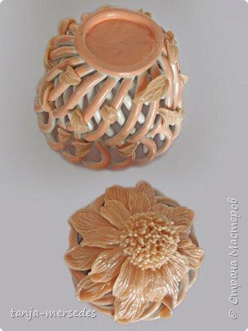 Фантазийный цветочек с бубончиком. фото 3