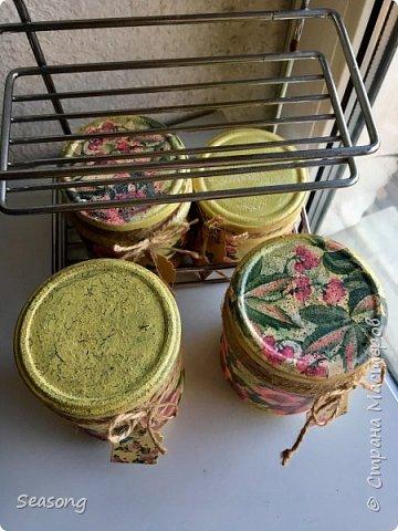 Сделала эти банки для хранения специй и трав. Получились нежными, приятными. фото 9