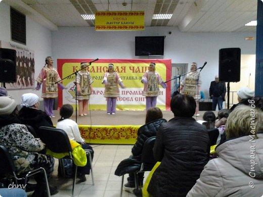 В марте в нашем городе  прошла 5 международная выставка-ярмарка народных промыслов и ремесел.Я  третий год посещаю эту ярмарку.Покажу немного фотографий.Валяные тапочки-такие красивые и очень теплые. фото 5