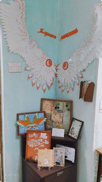 Самая большая моя работа. Формат одного крыла - больше 1,5 метра. Крепятся на руки у плеча, у локтя и у запястья с помощью лент и липучек. В виде каркаса из дерева лежали на шкафу целый год. фото 6