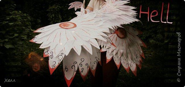 Самая большая моя работа. Формат одного крыла - больше 1,5 метра. Крепятся на руки у плеча, у локтя и у запястья с помощью лент и липучек. В виде каркаса из дерева лежали на шкафу целый год. фото 1