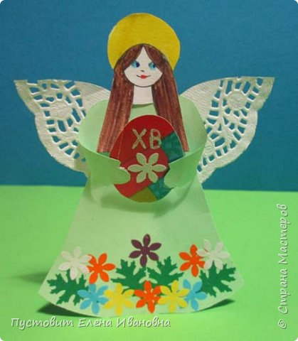 """Зимой делали рождественского ангелочка, детворе игрушка понравилась.Решили сделать весеннего ангелочка с пасхальными яичками. Открыточка-яичко уже """"архивная"""", сделана четыре года назад - такие сувениры можно посмотреть по ссылке: https://stranamasterov.ru/node/536377   фото 14"""