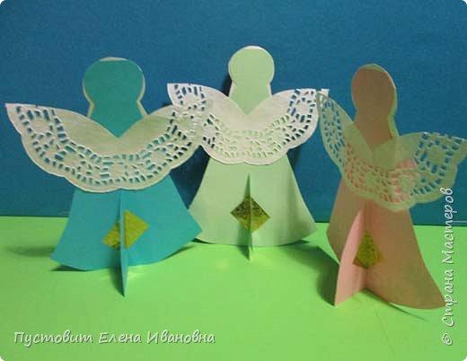 """Зимой делали рождественского ангелочка, детворе игрушка понравилась.Решили сделать весеннего ангелочка с пасхальными яичками. Открыточка-яичко уже """"архивная"""", сделана четыре года назад - такие сувениры можно посмотреть по ссылке: http://stranamasterov.ru/node/536377   фото 15"""