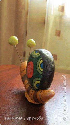 Это одни из первых моих работ из массы папье-маше. Они выполнены по работам одного Чилийского художника из Сантьяго. Была попытка ранее их выставить, однако по некоторым причинам не получилось. Меня поразили краски, формы, такой необычный подход к решению идеи. Заманчиво!!! фото 11