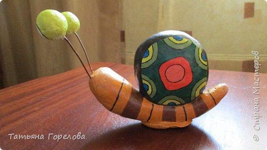 Это одни из первых моих работ из массы папье-маше. Они выполнены по работам одного Чилийского художника из Сантьяго. Была попытка ранее их выставить, однако по некоторым причинам не получилось. Меня поразили краски, формы, такой необычный подход к решению идеи. Заманчиво!!! фото 12