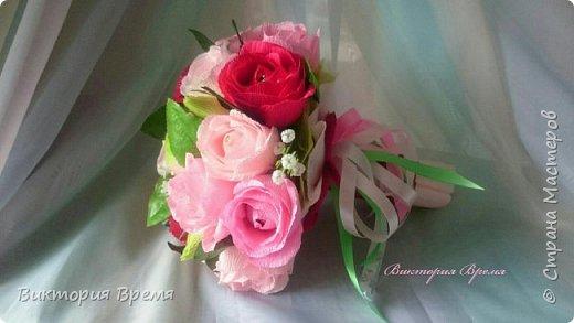 """Нежный букет из конфет. Люблю такое сочетание цветов! Бордовый в сочетании с розовым вызывает ассоциации с изяществом и нежностью.   В сладком наполнении: конфеты """"Эли """", """"Мишки в лесу"""" .  фото 3"""