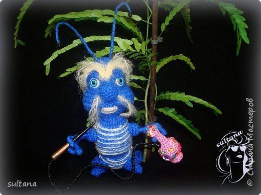 Знакомьтесь гусениц Пашка. В теле проволочный каркас. фото 7