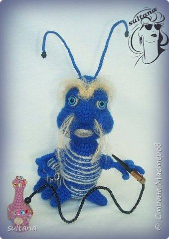 Знакомьтесь гусениц Пашка. В теле проволочный каркас. фото 3