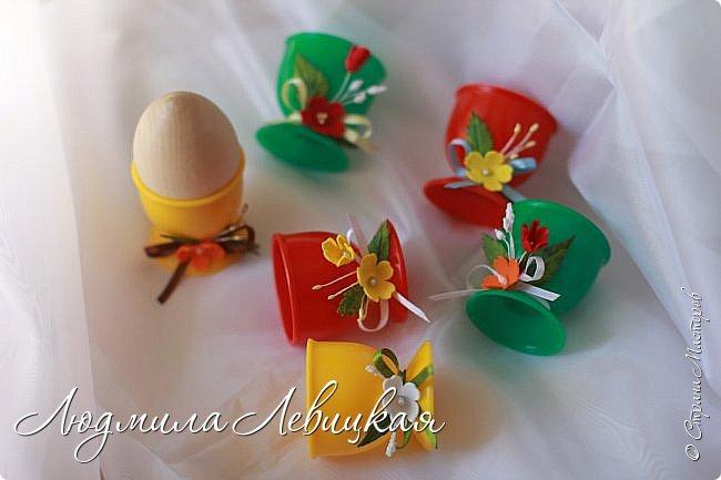 Здравствуйте, соседи! Продолжаю подготовку к Пасхе. Хочу показать Вам пасхальные корзинки, которые сделала для своих сотрудниц. В них будет положено по пасхальному яйцу, маленькие шоколадки, конфеты и малюсенькая фетровая птичка ( их я еще шью)...     Первая корзинка. У меня было сиреневое настроение, поэтому она такая... фото 24