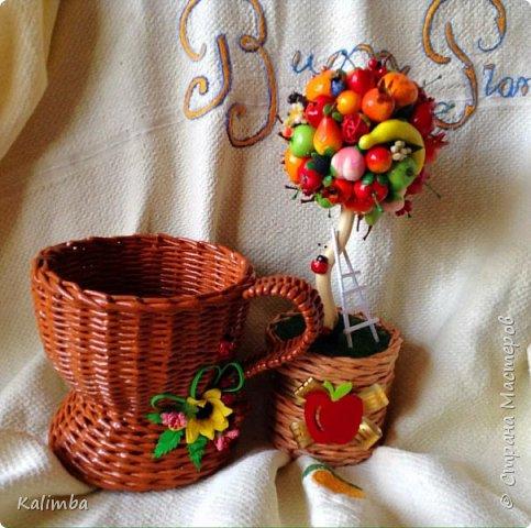 Доброго и хорошего дня мастерам и мастерицам любимой СМ! Представляю вашему вниманию свои работы за довольно продолжительный период времени, которые здесь ещё не выкладывала. Здесь будет и плетение, моё любимое хобби с 2010 года, и шитьё кукол, изготовление цветов из фоамирана, Буду рада гостям в своём блоге! фото 3