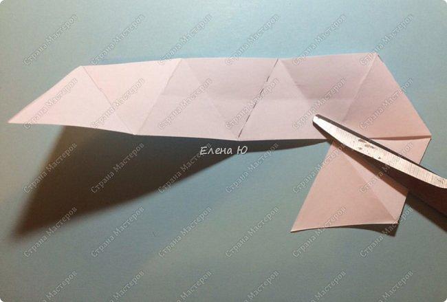 Предлагаю сделать забавную и совсем несложную  безделушку (головоломку)  - флексагон. Флексагоны — плоские модели из полосок бумаги, способные складываться и сгибаться определённым образом.  фото 12